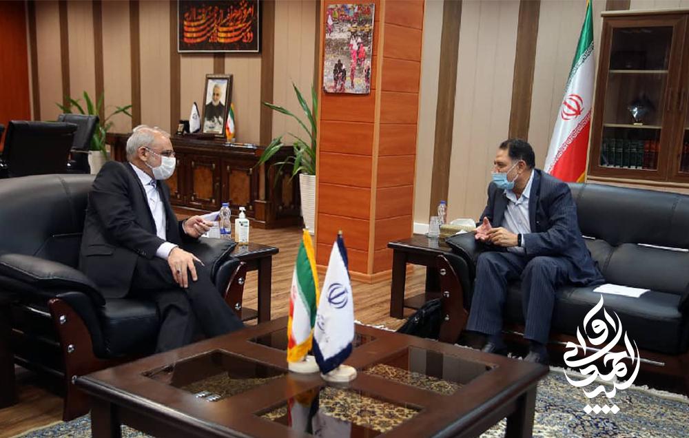 دیدار سید احمد آوایی با حاجی میرزائی، وزیر آموزش پرورش