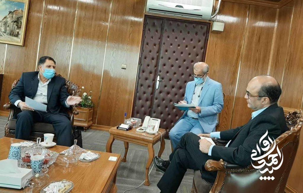 دیدار سید احمد آوایی با دولت آبادی، مدیرعامل بانک تجارت