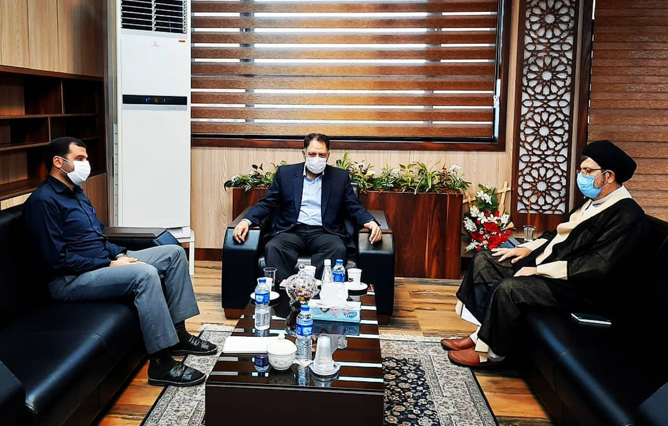 دومین نشست مشترک سید احمد آوایی با امام جمعه محترم و فرماندار شهرستان دزفول