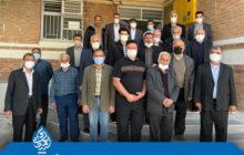 حضور جمعی از اهالی و نمازگزاران مسجد محمدی در دفتر نماینده
